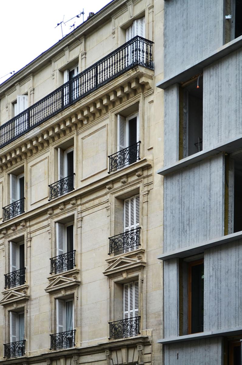 Détail de façade rue Saint Charles, Paris 15, François Brugel architectes associés