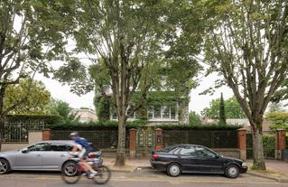 Sceaux, modernités 1950-1965. Architectures du logement. Archipel francilien, CAUE-IDF, 2021 © Martin Argyroglo